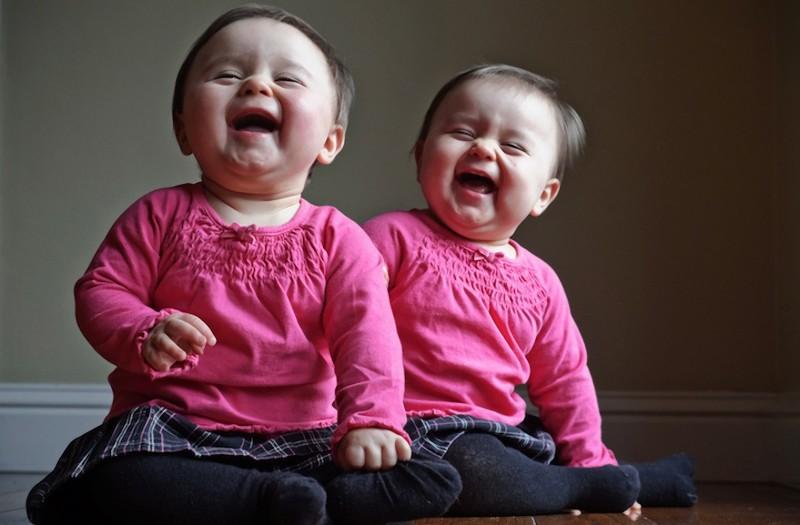Картинки приколы про близнецов