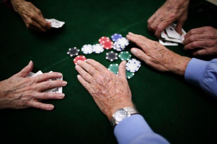Онлайн покер проиграл игровые автоматы играть на виртуальные фишки
