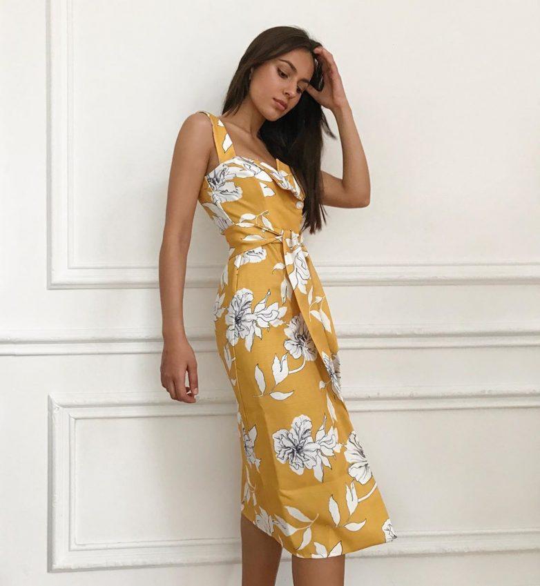 Модные льняные платья