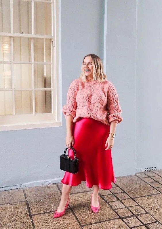Как носить атласную юбку и чувствовать себя комфортно